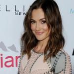 Актриса Минка Келли заявила, что не отражала Шона Пенна в Шарлиз Терон