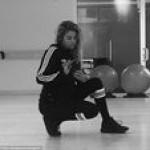Сестра Кем Кардашьян продемонстрировала свои формы во время занятий спортом (фото,видео)