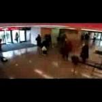 Американский скрипач Джошуа Белл сыграет в Киеве не в вестибюле метро, а в зале филармонии