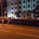 Балет Сухишвили исполнил боевой танец на поддержку Савченко под посольством РФ в Тбилиси
