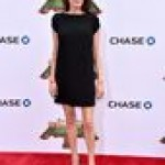 Анджелина Джоли в мини-платье поразила излишней худобой (фото)