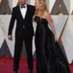 «Оскар 2016»: Леонардо Ди Каприо позировал перед фотографами с Кейт Уинслет (фото)