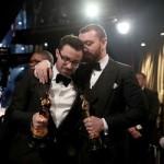 Сэм Смит расплакался, получил Оскар