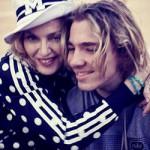 Мадонна считает, что Гай Ричи «промывает мозги» их сыну