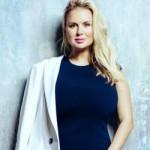 Анна Семенович отказалась от звания секс-символа
