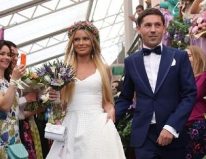Дана Борисова разводится с мужем через десять месяцев после свадьбы