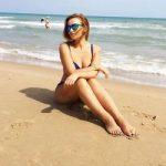 Анфиса Чехова показала татуировки в эротическом комбинезоне