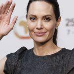 Здоровья Джоли после начала развода сильно ухудшилось – СМИ